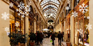 galerie vivienne during christmas