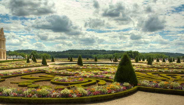Versailles Gardens visit with a professional guide