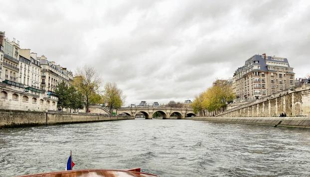 Photo of our Paris Seine River Tour