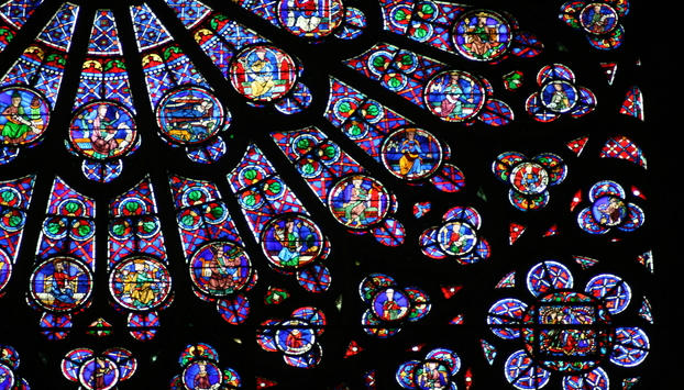 Grandiose rose window at Notre Dame Cathedral