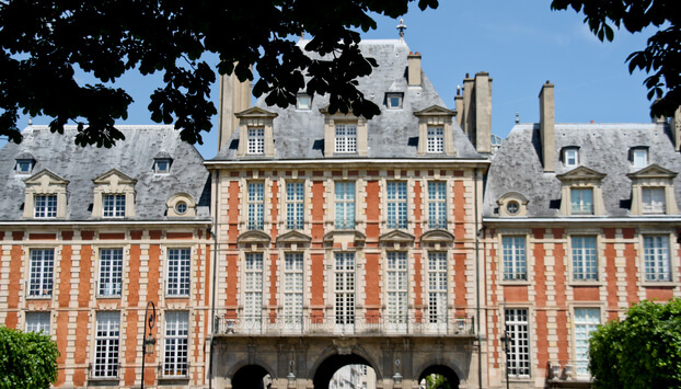 Classical French buildings around the Place de Vosges