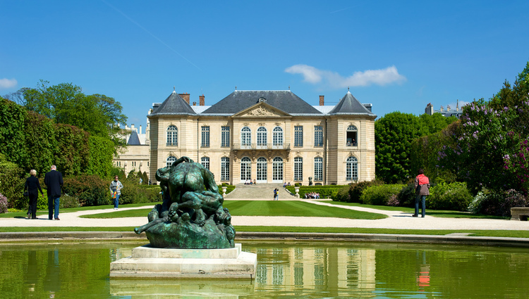 Photo of the Rodin Museum mansion and garden