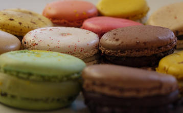 Photo of our Macaroon Masterclass in Paris