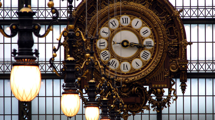 Photo of the clock at the Orsay Museum