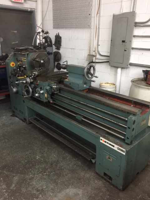 "20"" x 60"" Fortune Engine lathe, 10 HP, 20"" swing, 1500 RPM,3.062"" Bore , Inch /Metric threading, Chuck ,Face plate, Steady Rest,Toolpost with Holders,Coolant New 1991/92"