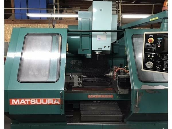 EQUIPPED WITH YASNAC MX-3, FULL 4TH AXIS, LIVE CENTER, 30 ATC, INCLUDES 55 BT-40 TOOL HOLERS, RIGID TAPPING, NEW SPINDLE DRIVE, VERY CLEAN, UNDER POWER & RUNNING