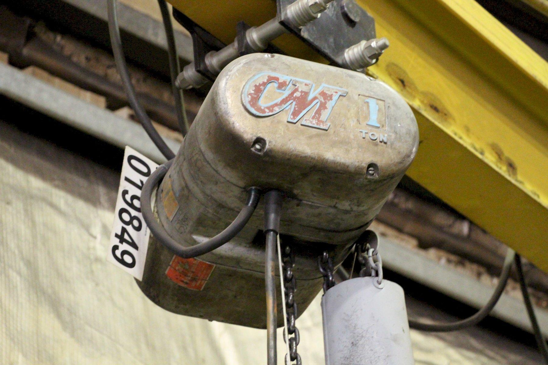 1 TON CM LODESTAR ELECTRIC POWER CHAIN HOIST: STOCK #11236