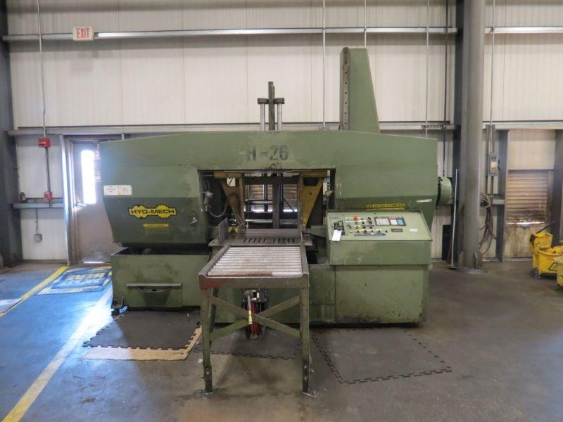 USED HYD-MECH H-26A HORIZONTAL AUTOMATIC BAND SAW, WITH 40' OF POWERED CONVEYOR, YEAR 1997, STOC