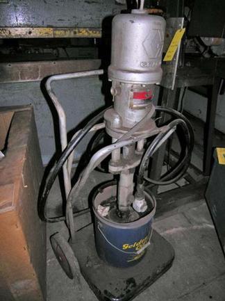 Graco Pump Model Power Flow Buldog, 5 Gallons, Stock #8902