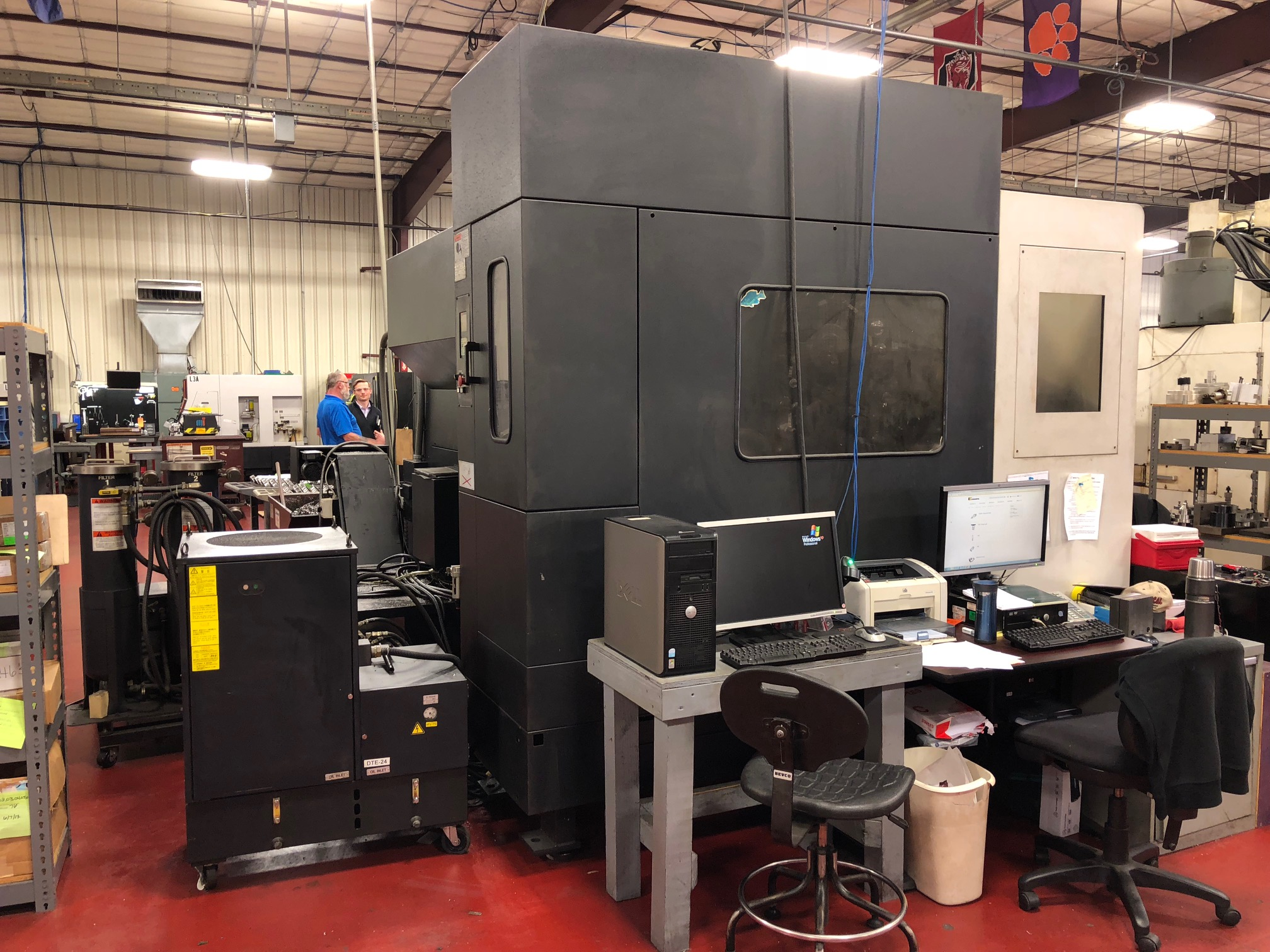 """MAZAK Variaxis 500-5X, '05, Fusion, 20.20.18"""", 12000 RPM, 80 Tools, 30 HP, Cat 40, 5-Axis, Integral Trunnion, Two Pallet Changer"""