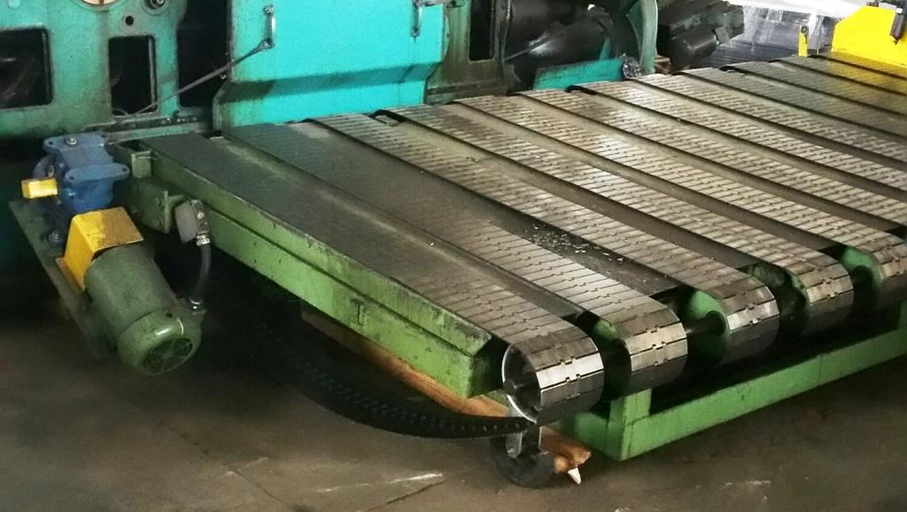 12 ' Cincinnati Shear Rear Stacker Conveyor (Only)