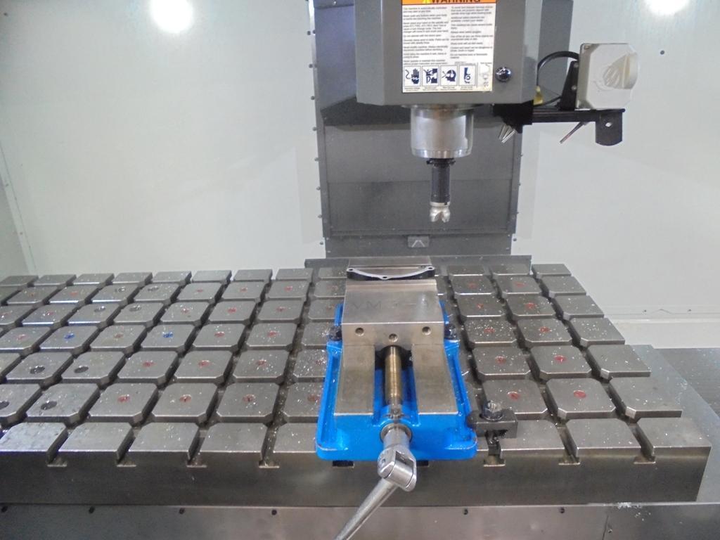 HAAS VM-3 VERTICAL MACHINING CENTER