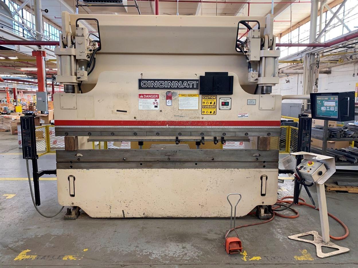 90 TON  x 10' CINCINNATI MODEL 90PF8 CNC HYDRAULIC PRESS BRAKE