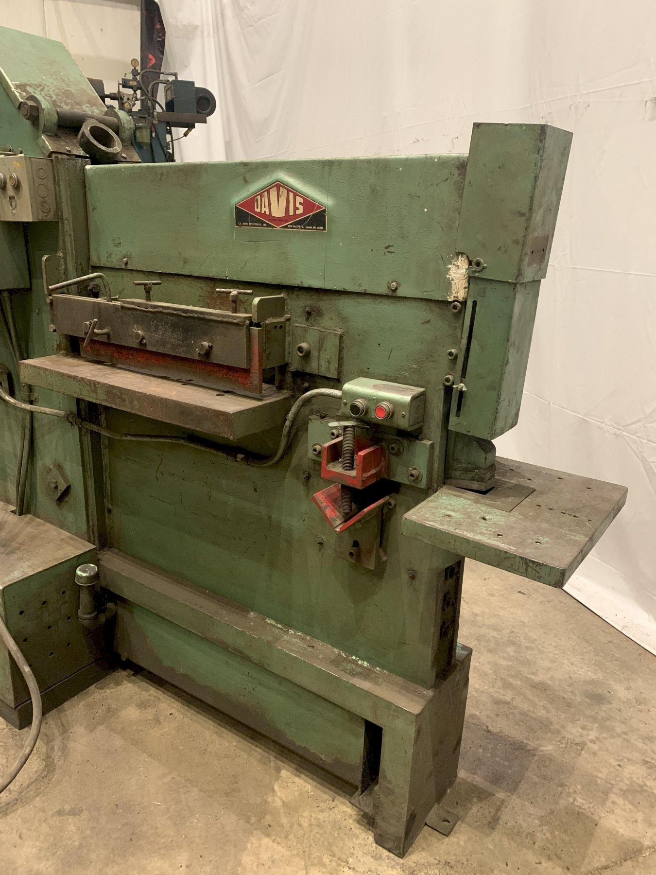 70 TON DAVIS MODEL #M150A HYDRAULIC IRONWORKER: STOCK #12190