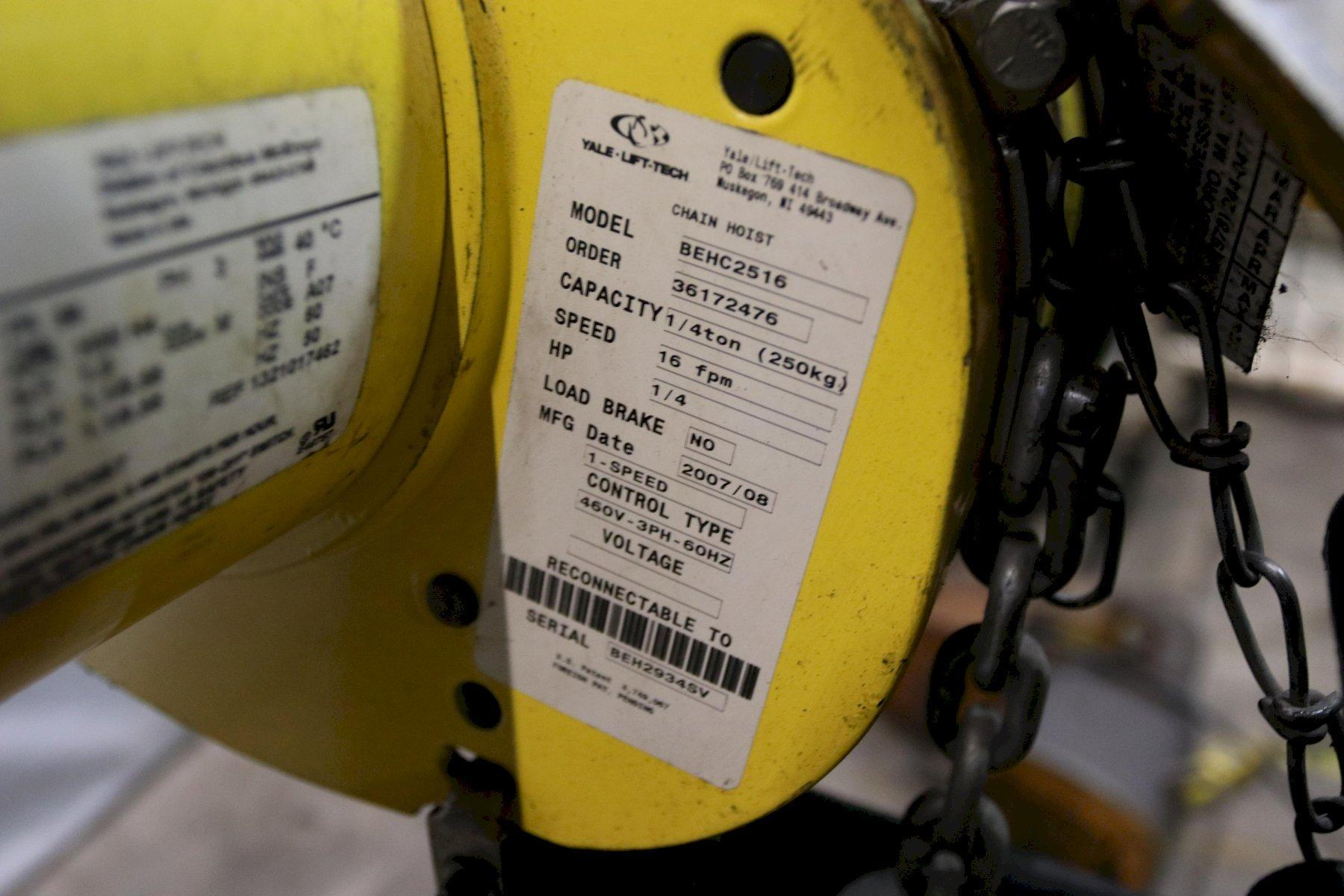 1/4 TON YALE  MODEL #BEHC2516 ELECTRIC POWERED CHAIN HOIST: STOCK #11978