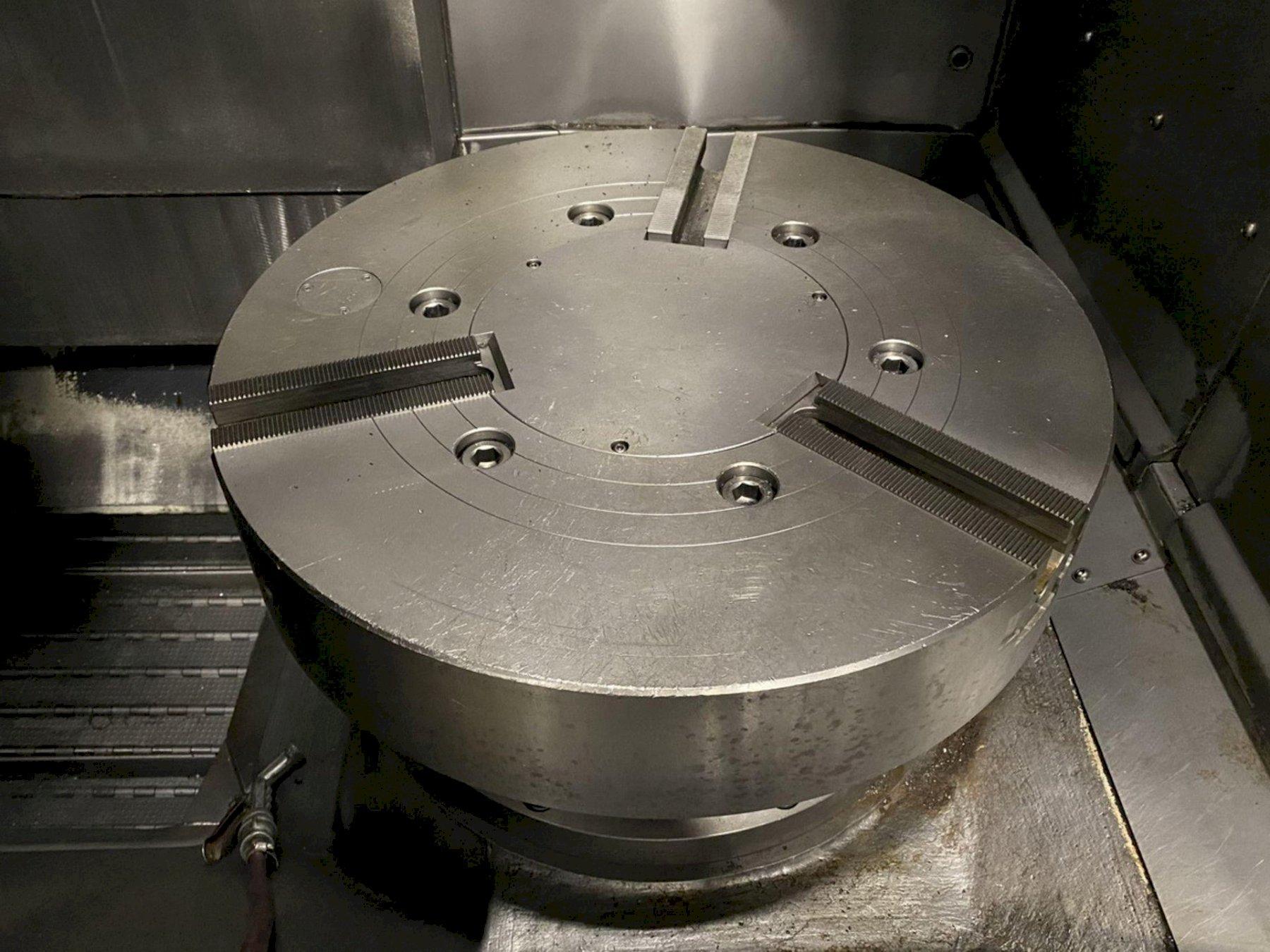 "Doosan Puma V550M CNC Vertical Lathe (2008), Fanuc i, 24"" Chuck, 31.5"" Swing, 50 HP, Milling, 12"