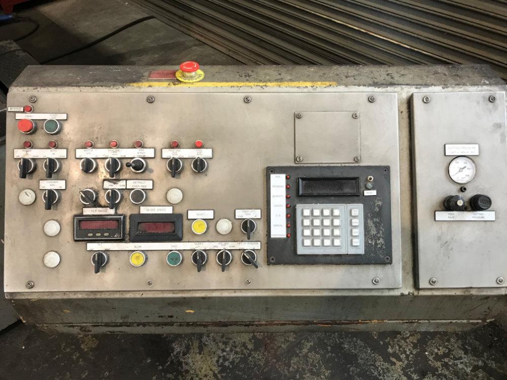 "USED HEM FULLY AUTOMATIC VERTICAL BANDSAW, Model V125HA-1, 18"" x 24"", Stock No. 10398"