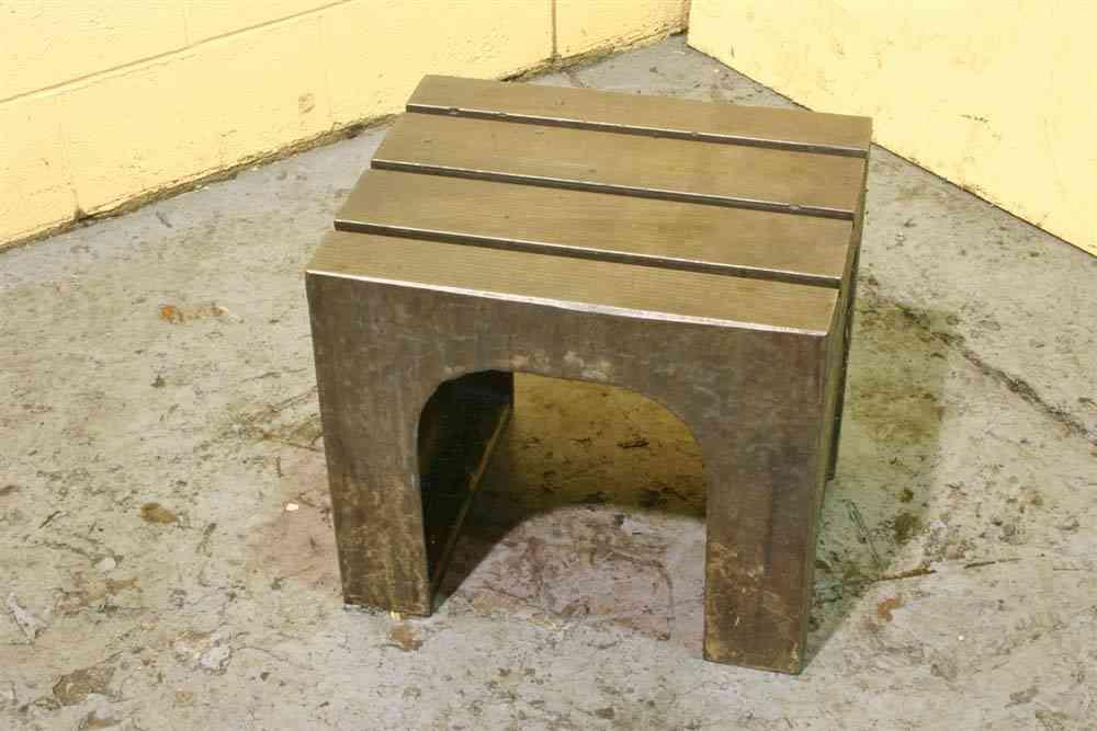 19.5' X 16' X 17' BERGONZI BOX DRILL TABLE:  STOCK #52733
