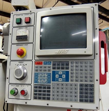 "Haas VF-8, 64""X,40""Y,30""Z, 7500 RPM, CAT40, 20 ATC, 20HP, R.T., Prog Clnt Nozl, Tlg, 1999"