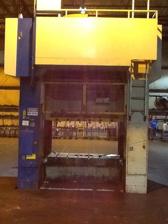 220 Ton Komatsu E2T-200N Straight Side Double Crank Press