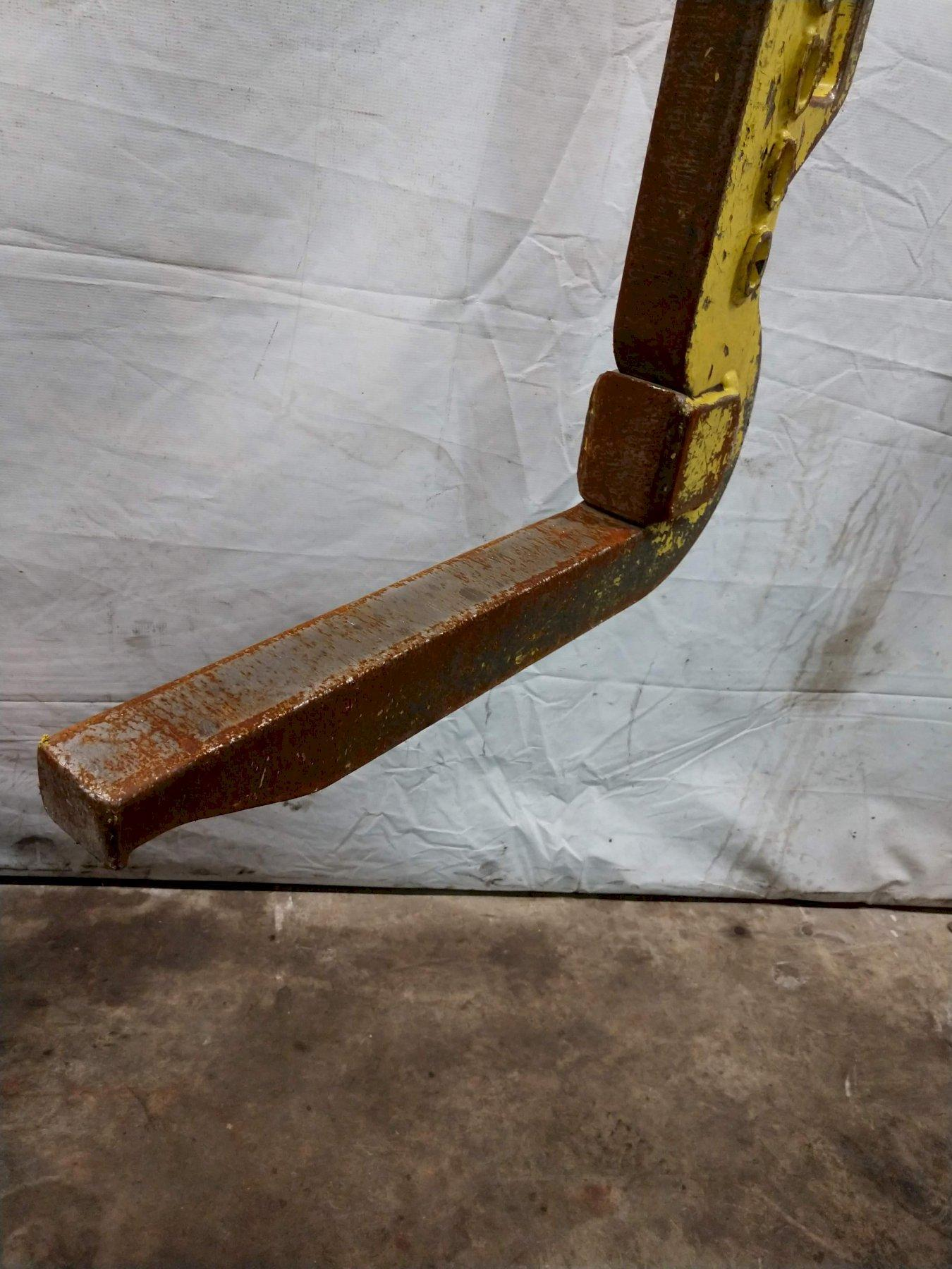 "6,000 LB X 16"" BRADLEY COIL LIFT C HOOK: STOCK 12769"