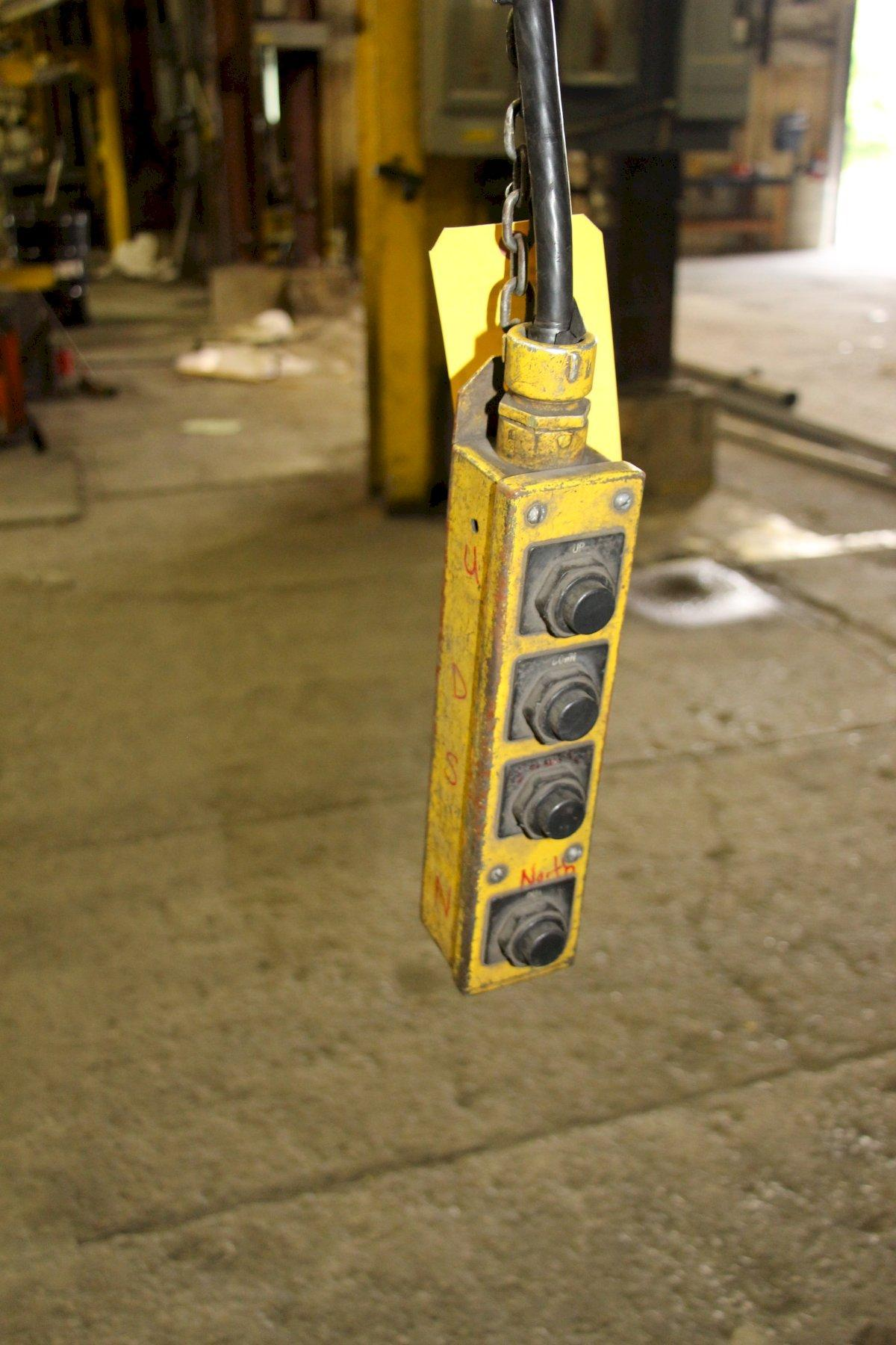 2 TON CM POWERED CHAIN HOIST WITH POWER TROLLEY: STOCK #11397