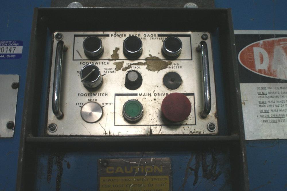 """USED CINCINNATI HYDRAULIC SHEAR, Model 4H12 CENTURY, 1/2"""" x 12', Stock No. 9934"""