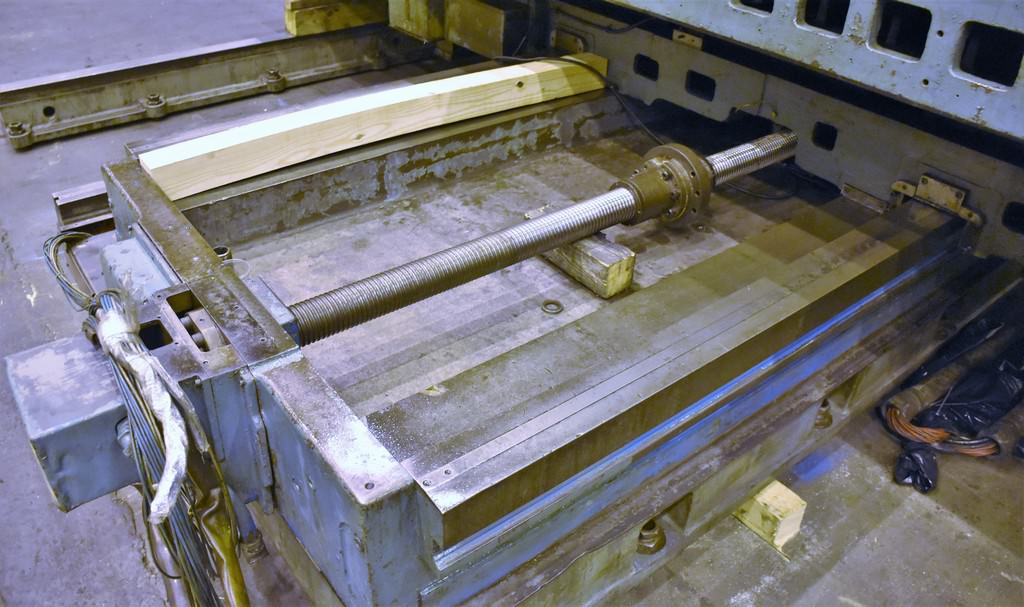 """6"""" Giddings & Lewis 70-H6-T, X-157"""", Y-120"""", 72"""" x 168"""" Table, Hardened Ways, #50 Taper, Pendant, 50 HP, 1969 #30085"""