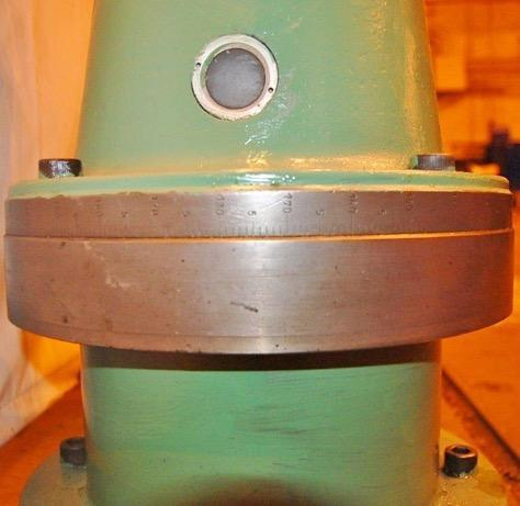 Giddings & Lewis Right Angle Milling Attachment for 40 Taper Boring Mill