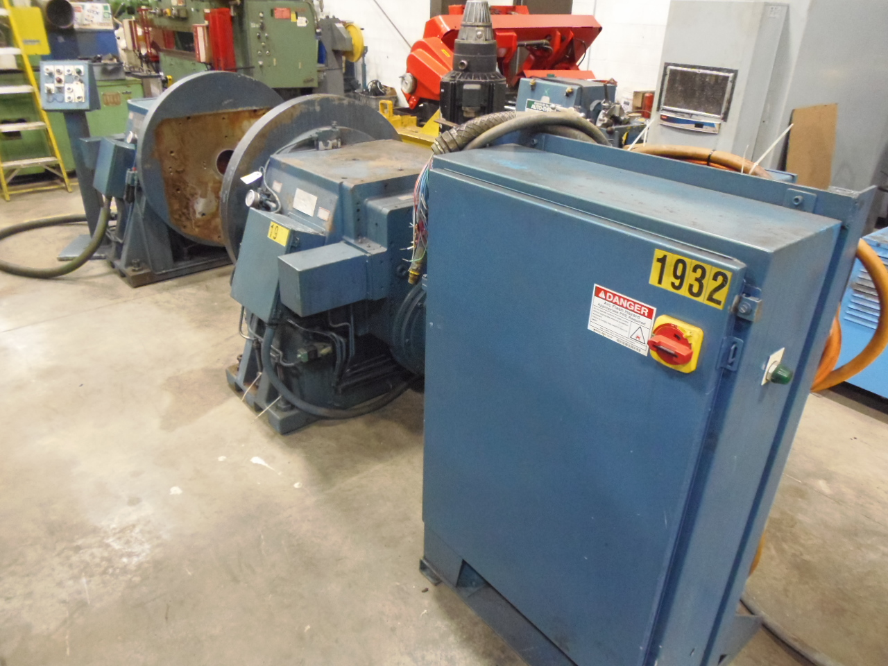 """40"""" WISCONSIN DRILL HEAD, VERTICAL ROTARY TABLE , BOTH HEADS DRIVEN, PROGRAMMABLE, 180 POSITIONS"""