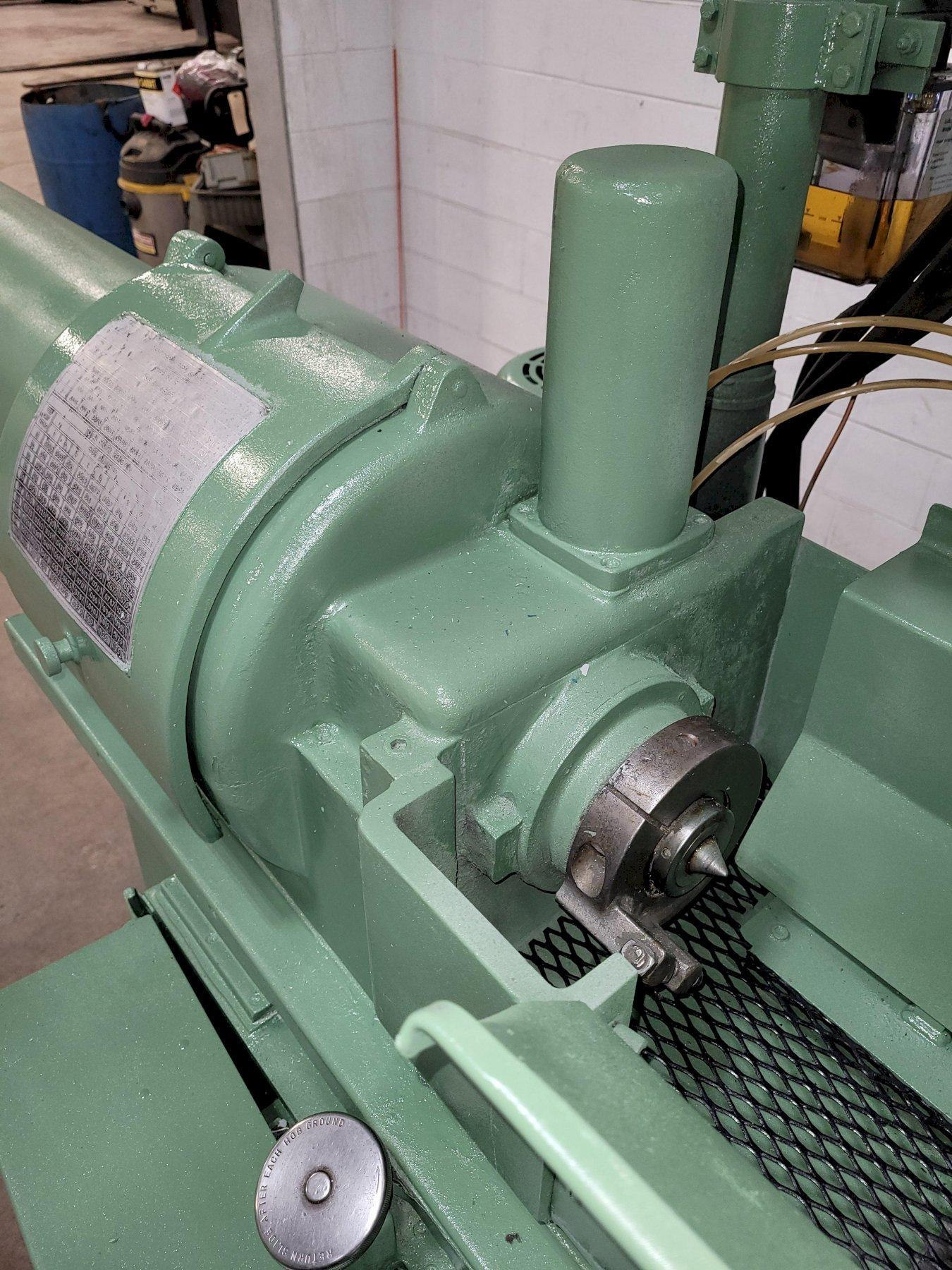 Barber Colman No.10-12 Hydraulic Hob Sharpening Machine