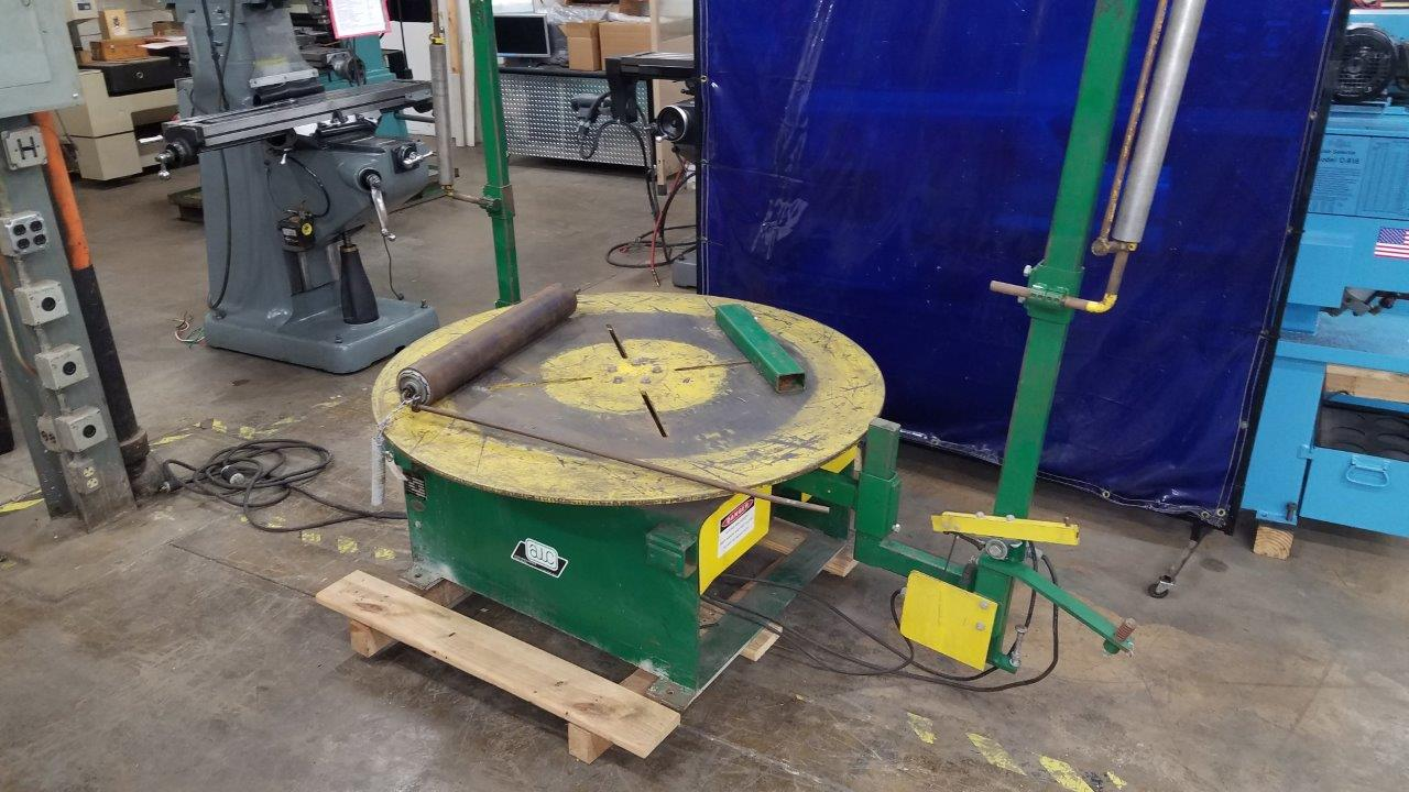 Clean Uncoiler, de-reeler, Comes ready to run