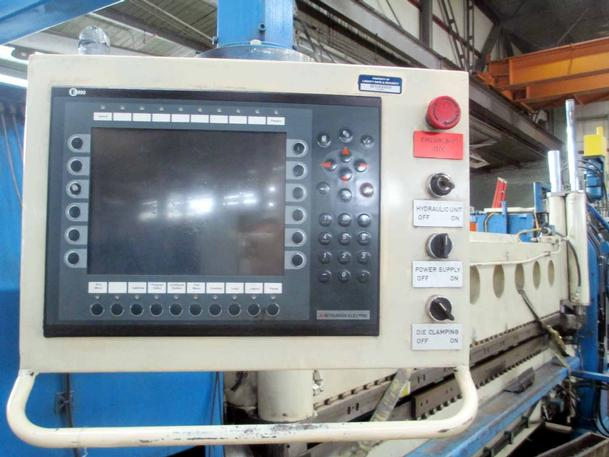 """40 Ton Ystadt #KMD3150X4, 10'X3/16"""", Dbl Bend/Fold, 5-Ax, Mits EC900 CNC, 24""""Clamp Str, '96"""