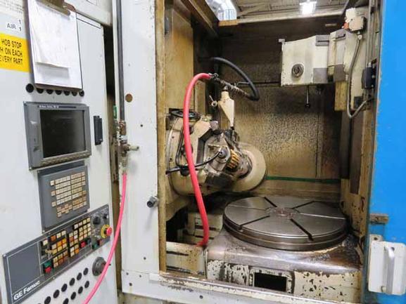 "Pfauter #P900, 36"" Max Dia, 20"" Axial Tvl, 6"" Hole In Table, Fanuc 18iM CNC, 60-300 RPM, 5 Morse, Rebuild 2000"