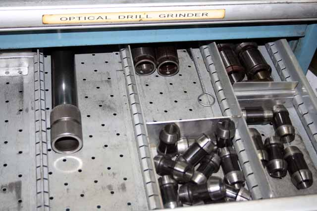 "Optima Universal, Bench Type, .0135 - 1"", DRO, Very Well Tooled, 1985"