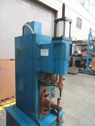 "50 KVA, TJ Snow Bench-Type Spot Welder, 440V, 8""Throat, Entron Programmable Ctrl, #6742"