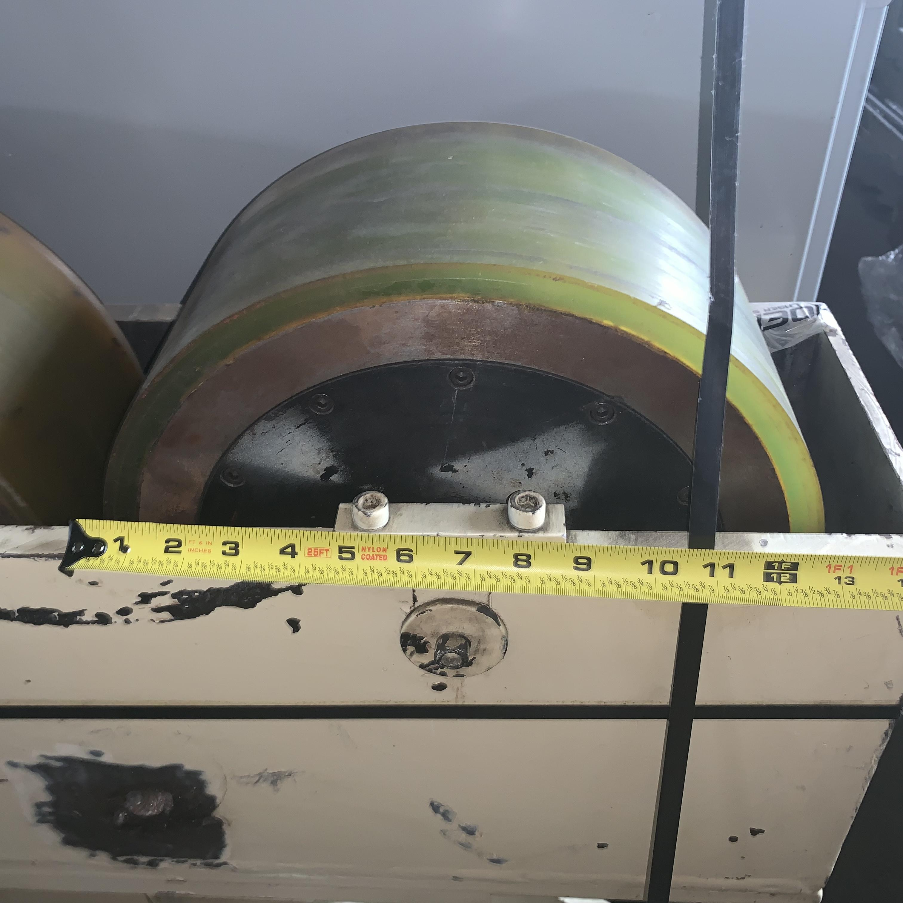 """4,000 LBS X 32"""" RUBBER LINED TANK TURNING ROLLS (NEW): STOCK #10659"""