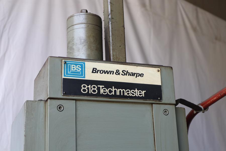 "8"" X 18"" BROWN & SHARPE MODEL #818 TECHMASTER HYDRAULIC SURFACE GRINDER: STOCK 10549"
