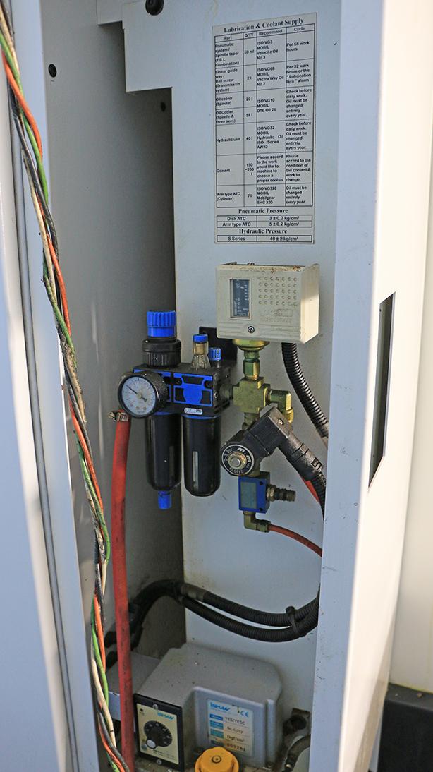 22″ x 16″ x 14″ Ares Seiki A560, Drill Tap Machining Center, 12,000 RPM, 20 ATC, BT-30