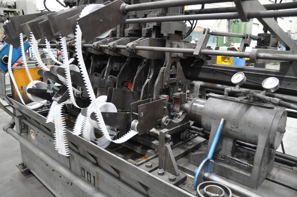 Mitts & Merrill Footburt Crankshaft Lapper