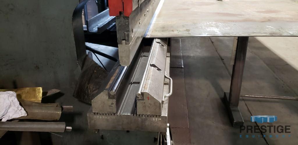 "750 Ton Cincinnati, 24' OA, 20'5"" BH, 2-Axis CNC Control, 24' Adjustable Lower Die Holder, Tooling, #31150"