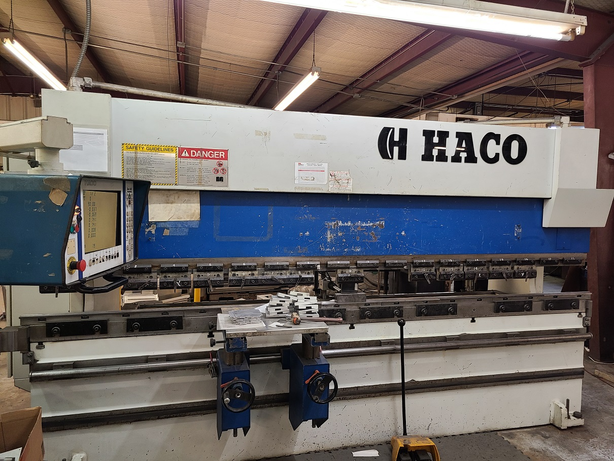1995 Haco ERM 36135, 12' x 135 Ton, CNC Hydraulic Press Brake, 4 Axis Back Gauges