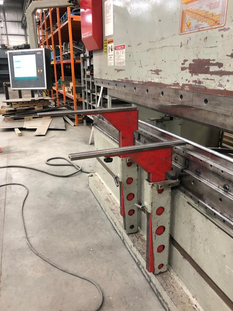 "190 Ton Accurpress Accell, 144"" OA, 130"" BH, ETS 3000 9-Axis Control, CNC Crowning, '04, #30464"