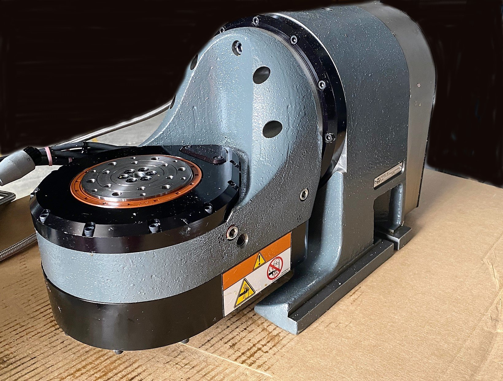 Haas CNC Tilting and Rotary Table