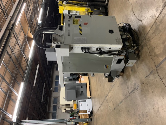 Haas Mini Mill CNC Vertical Milling Machine. 2000 W/ 10 Station Tool Changer, Rigid Tapping, Machine runs great