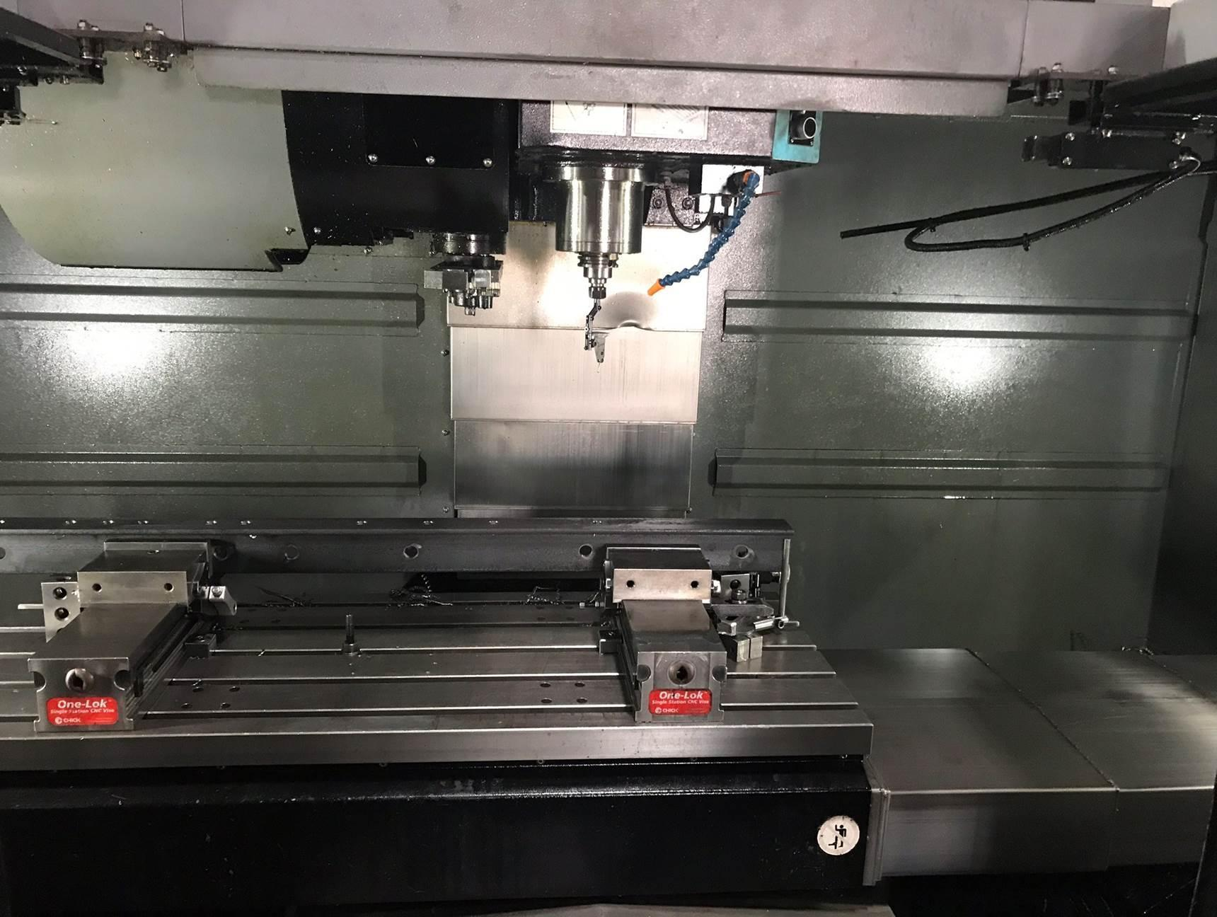 USED HURCO 3 AXIS VERTICAL CNC MACHINING CENTER MODEL VM30i, STOCK# 10655, YEAR 2015
