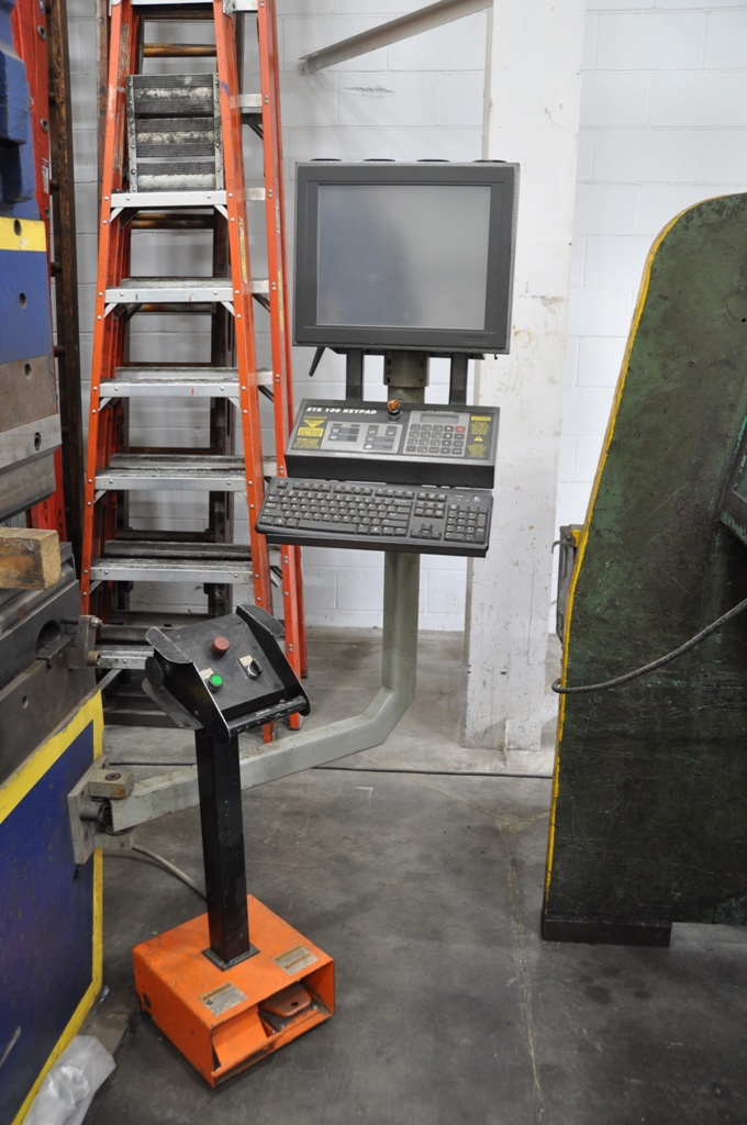 10' x 175 Ton Accurpress Hydraulic Press Brake