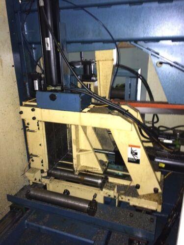 "2007 DoAll CNC Horizontal Bandsaw. 13"" x 13"" Dual Column Fully Automatic Metal Sawing Machine W/ Bundling"