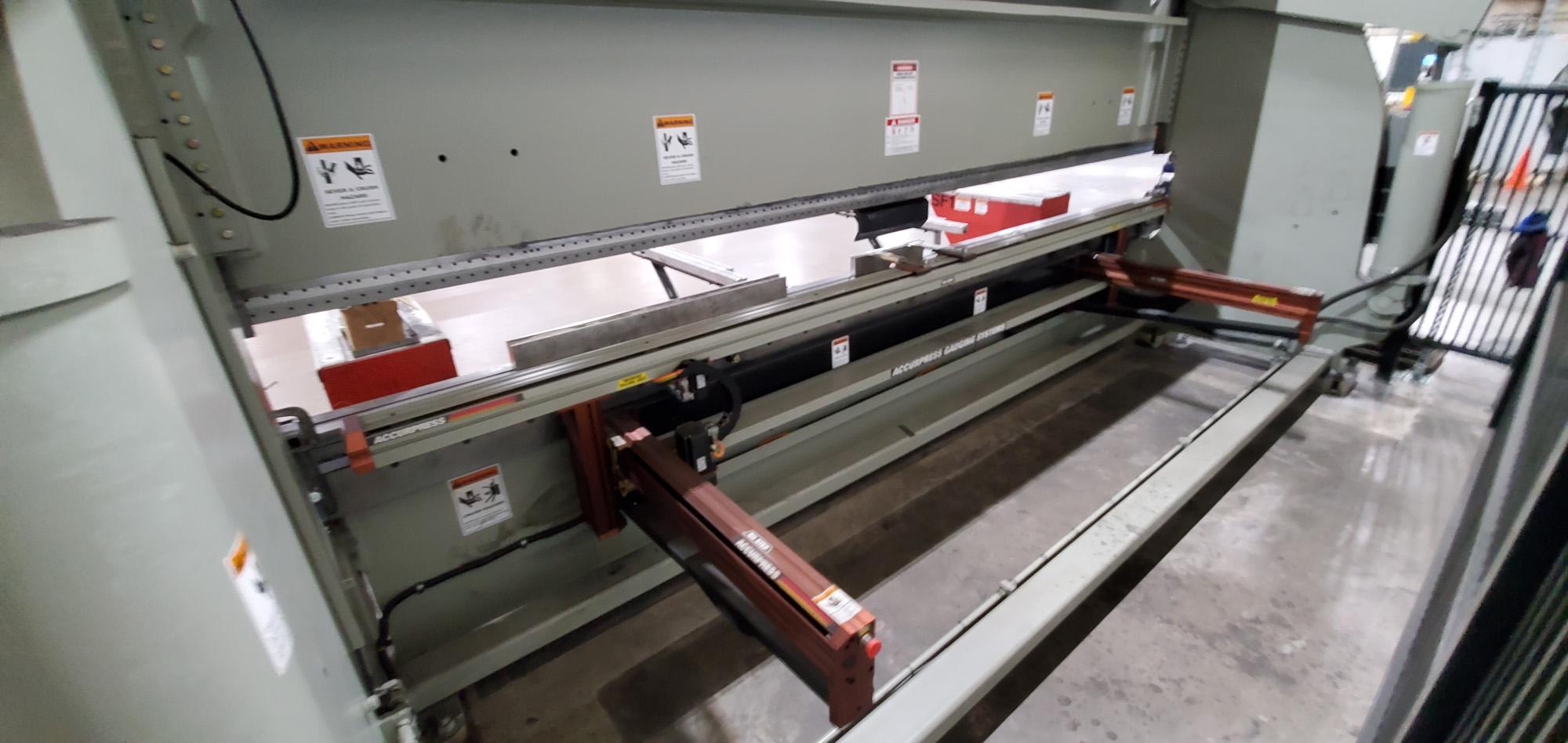 2017 Accurpress 750020 500-Ton x 20' Hydraulic CNC Press Brake