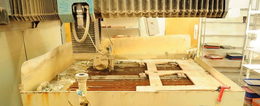 Flow 4' x 4' Mach 3 1313b CNC Flow Water Jet, Dynamic Cutting Head, Abrasive Hopper, New 2011, #30602
